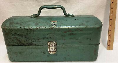 old tackle box